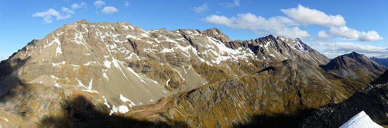 The very long north ridge of Mount Bonpland