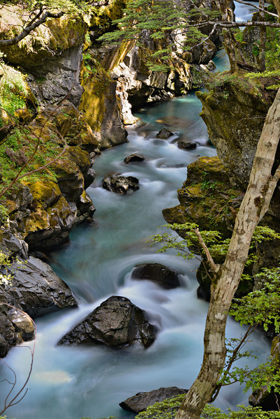 Just downstream of Mid Caples Hut, the Caples River flows through a beautiful chasm