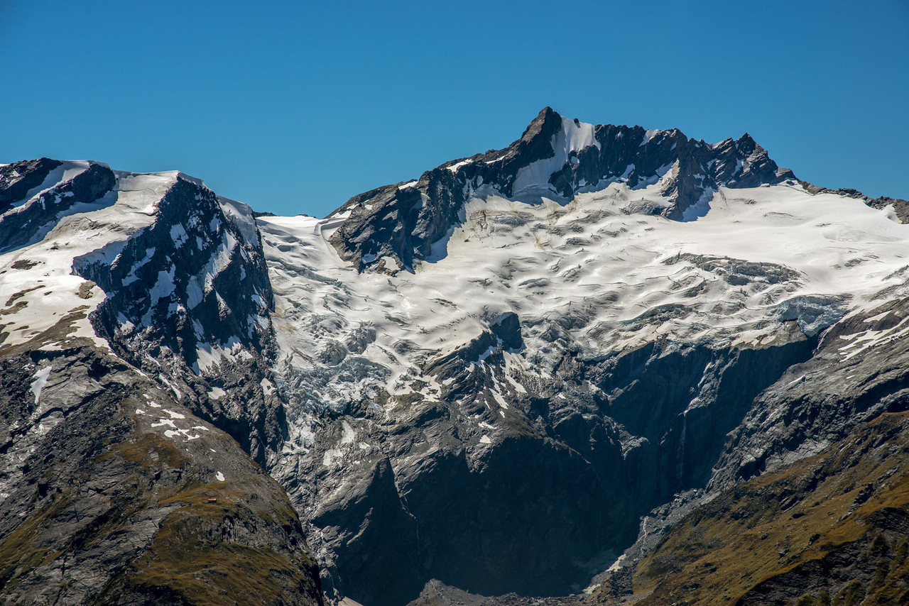 French Ridge, The Quarterdeck and Mount Avalanche