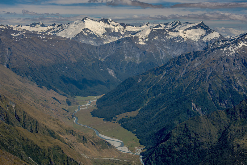 View from Sharks Tooth Peak: Mt Lydia, Mt Edward, Mt Maoriri, Mt maruiwi, Mt Maori, Mt Liverpool. Cascade Saddle just left of centre image