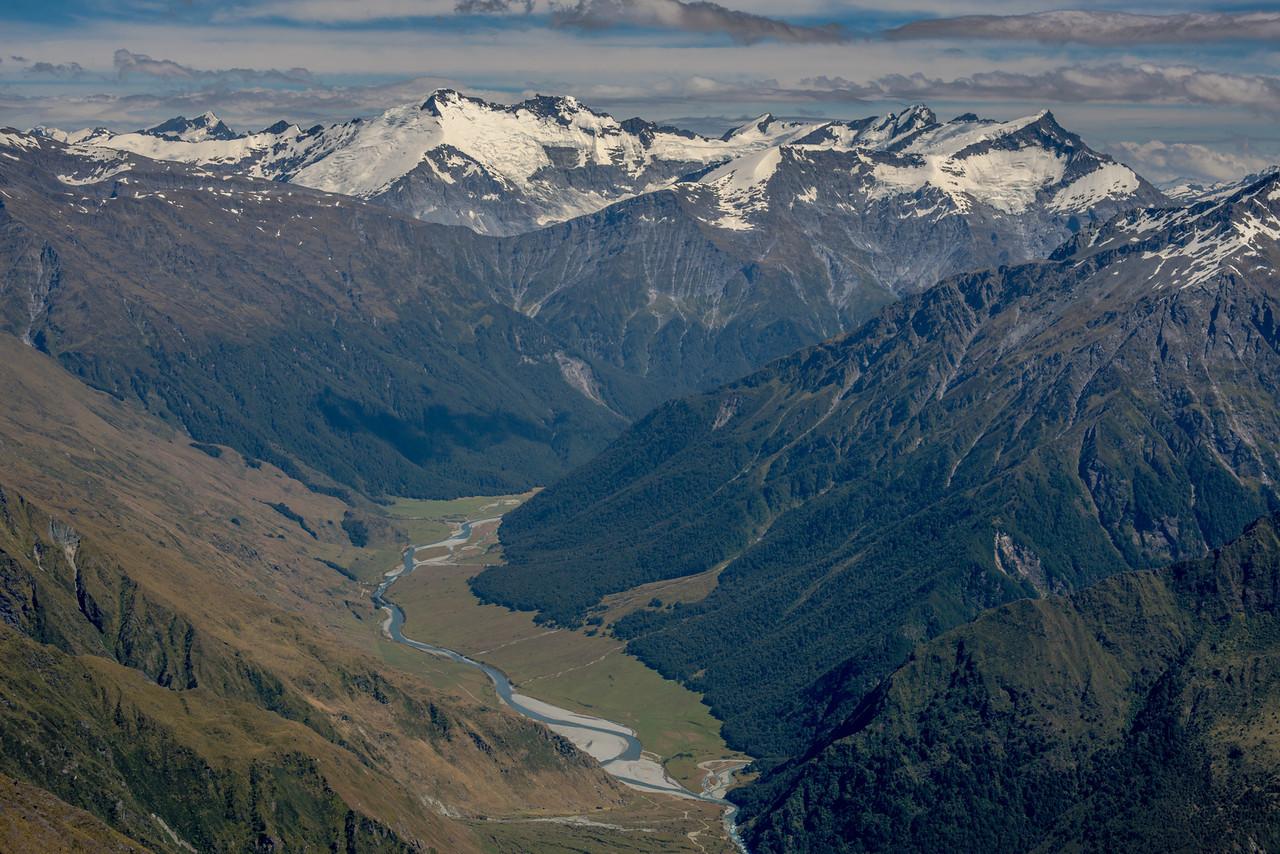 View from Sharks Tooth Peak: Mt Lydia, Mt Edward, Mt Maoriri, Mt maruiwi, Mt Maori, Mt Liverpool. Cascade Saddle just left of centre image