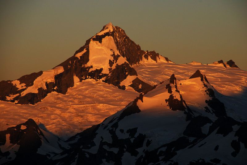 Sunset on Mt Aspiring, from our campsite north of Pivot Peak.