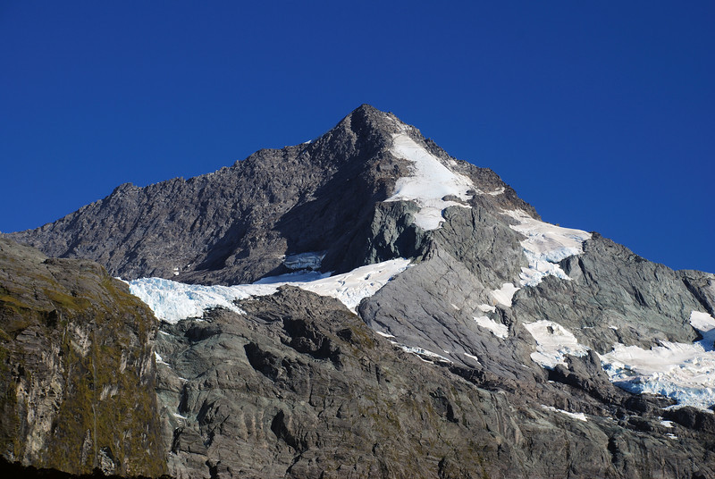 Mount Castor from the route to Lake Castalia