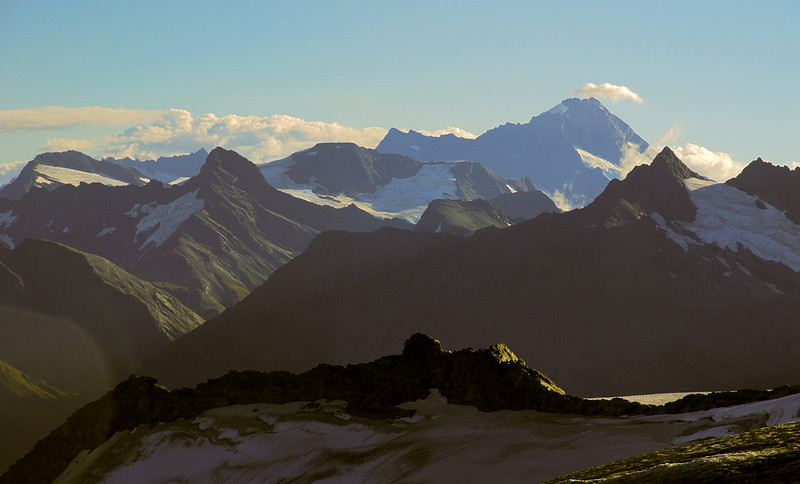 View from the east shoulder of Leda Peak: Fastness Peak, Pickelhaube, Glacier Dome, Popes Nose, Mt Aspiring, Mt Betsy Jane