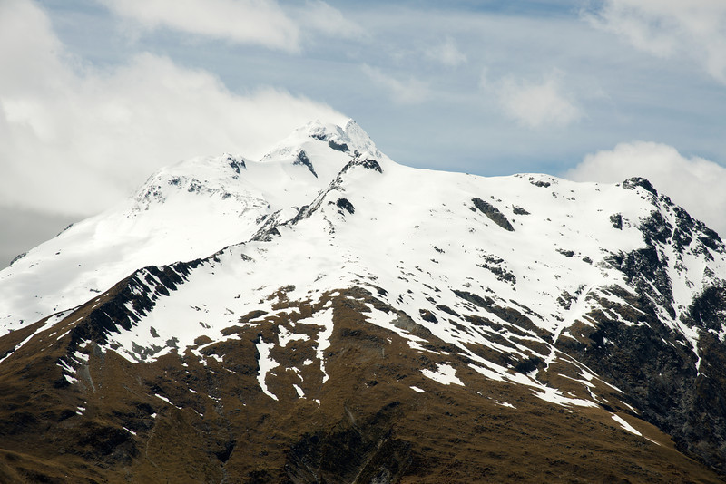 Mount Brewster in an easterly gale, from the east ridge of Mount Wilson