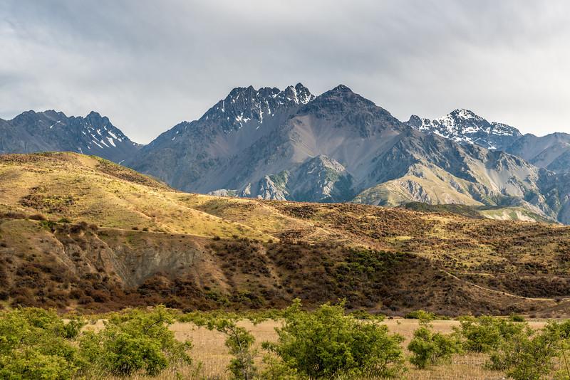 Mitre Peak, Mount Alarm and Tapuae-O-Uenuku from our campsite west of Muzzle Stream