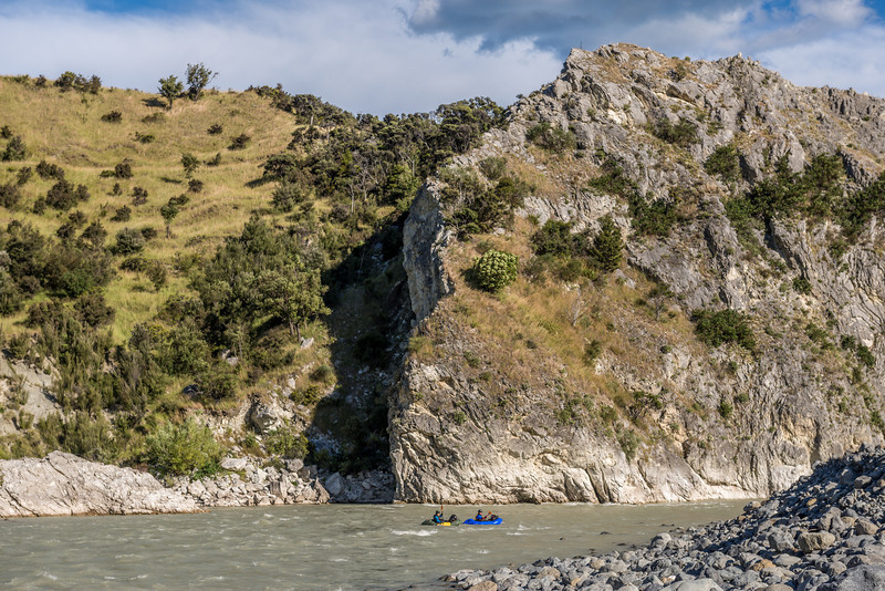 The Wharekiri Bluff (Corner Hill) is undercut, with the main current flowing underneath it. There is, however, a safe, easy line to the right