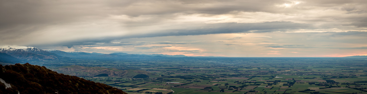 View across the Canterbury Plains from Little Mount Peel / Huatekerekere