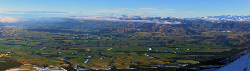 Panorama from the summit ridge of Mt Somers - looking south