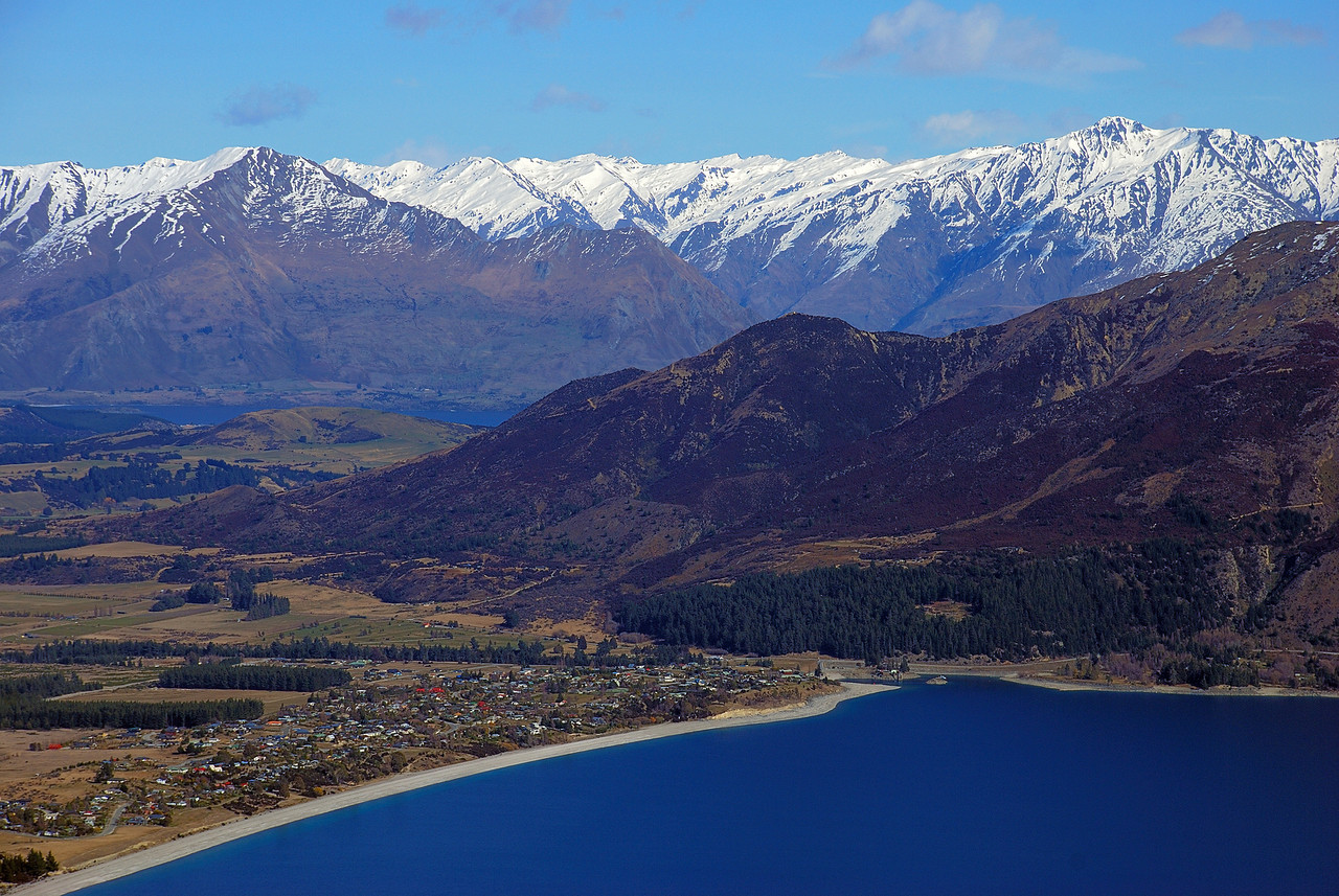 View of Lake Hawea and Lake Wanaka