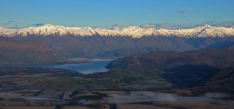 Lake Wanaka and the range between End Peak and Black Peak