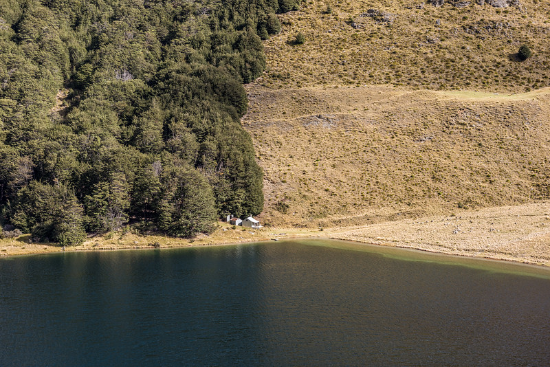Lake Luna and hut