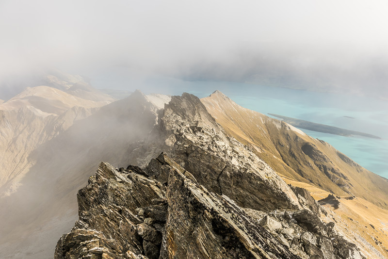 View down the South Ridge of Major Peak. Pig Island / Mātau is in the background.