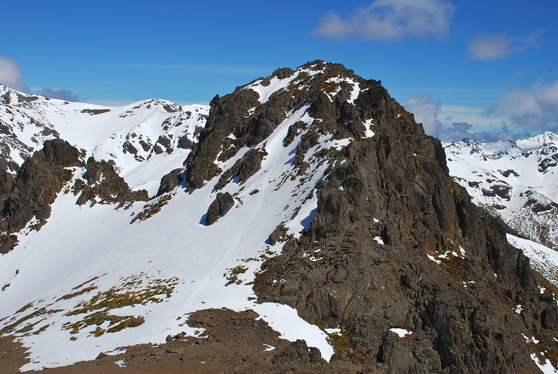 McLean High Peak (1495m) from pt 1470m