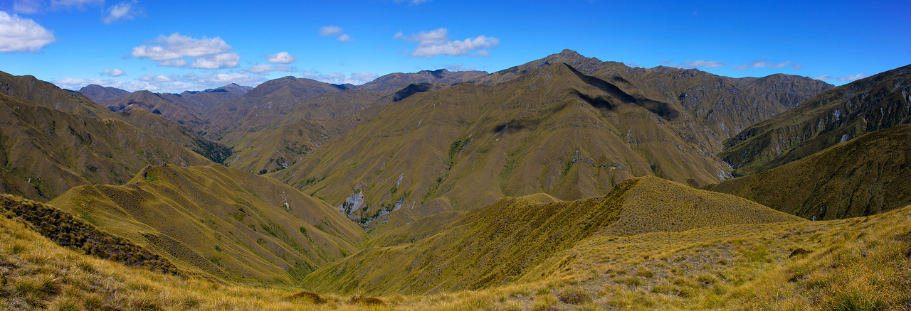 View into the Arrow River from Roses Saddle. Advance Peak is to the right of centre image