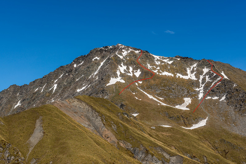 Mount Aurum route topo from the ridge east of Dandys Saddle. Ascent route on the right; descent route on the left. The more direct line below the summit looks steep from below, but is actually fine when viewed from above