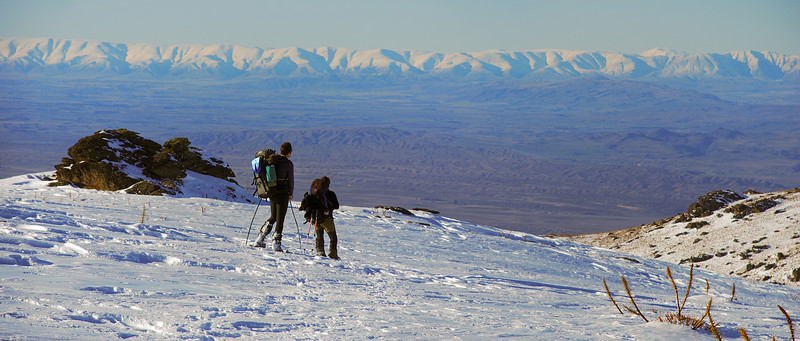 On the ridge between Frenchmans Gully and Rough Creek, looking towards the Dunstan Mountains
