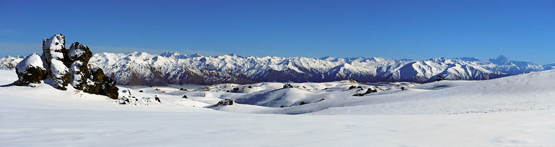The ranges between Mount Earnslaw and Mount Aspiring from the tops north of Mount Dottrel