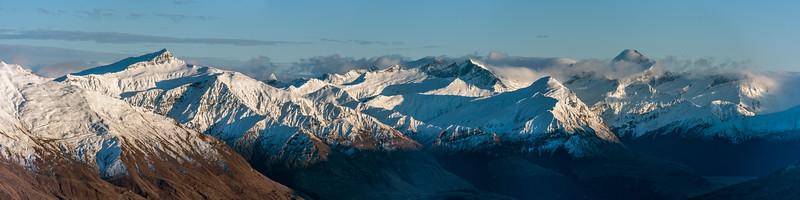 Mount Alpha panorama: Black Peak, Sharks Tooth Peak, Fog Peak, Rob Roy Peak, Niger Peak, Mount Aspiring / Tititea.