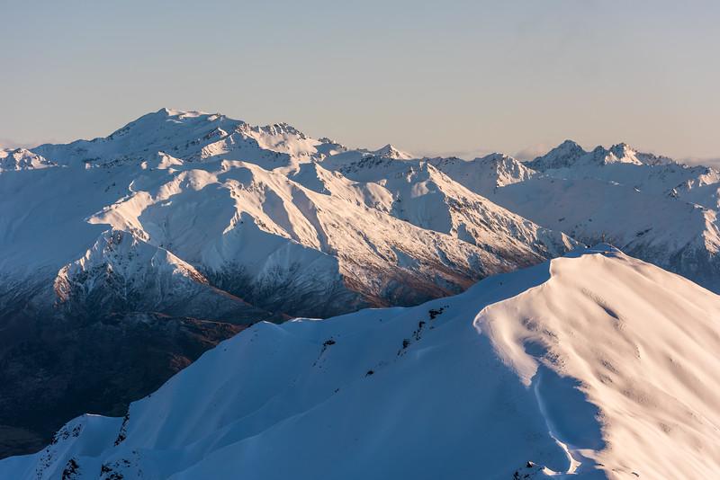 Mount Alta, the Minaret Peaks and Roys Peak from Mount Alpha