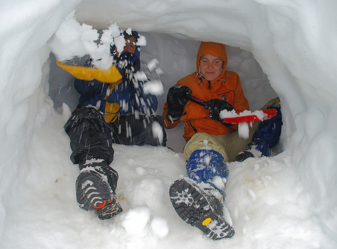 Digging the snow cave - 3