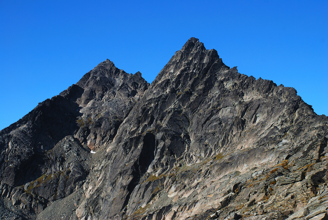 Single Cone (left) and Double Cone (right) from the north west