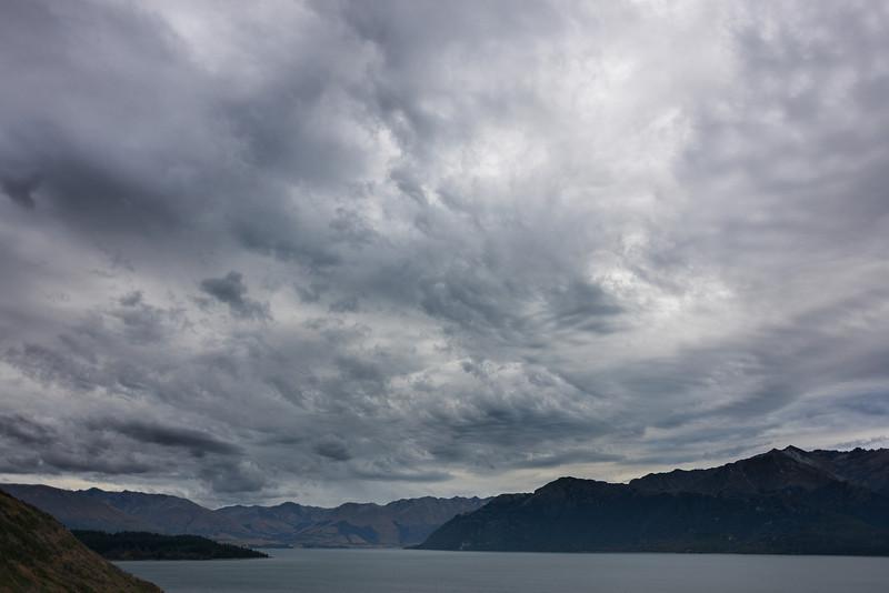 Cloud building up over Lake Wakatipu