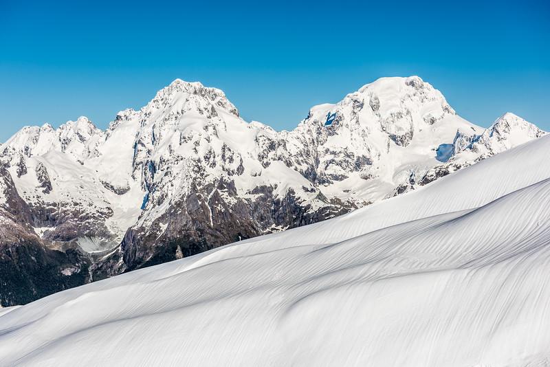 Darran Mountains from the slopes of Pt 1793m, Bryneira Range: Mount Syme, Mount Madeline, Mount Tutoko, Alice Peak.