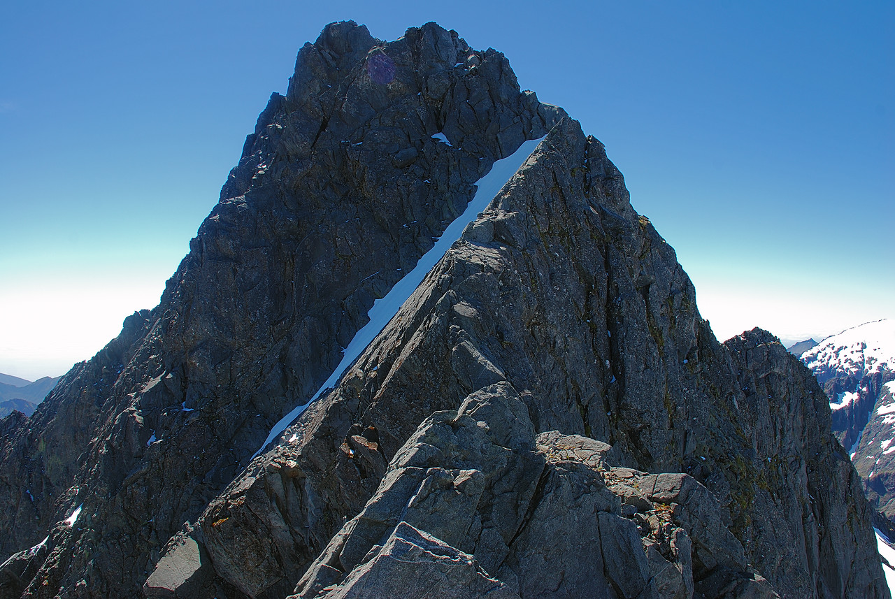 The east ridge of Barrier Peak - a delightful scramble