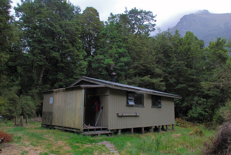 Holdaway Memorial Hut, Worsley Arm, Lake Te Anau