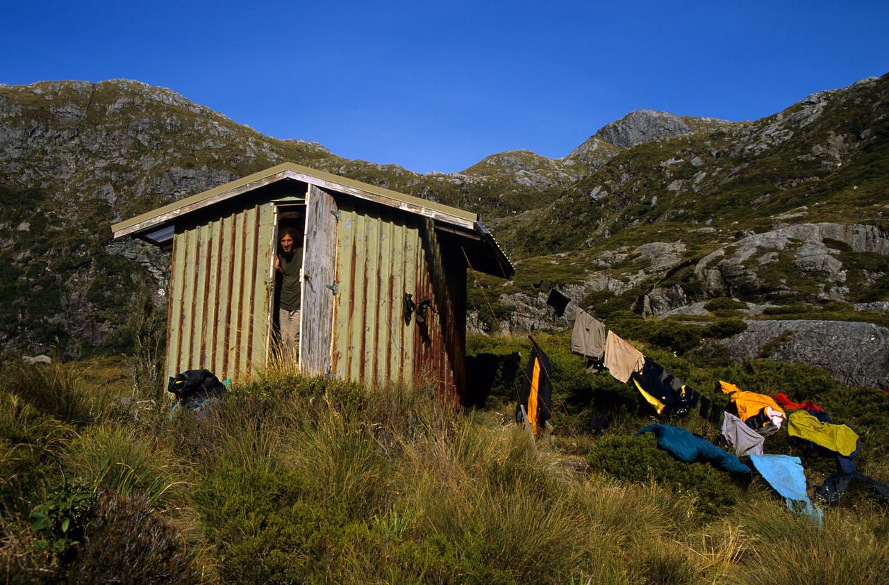 Robin Saddle Hut