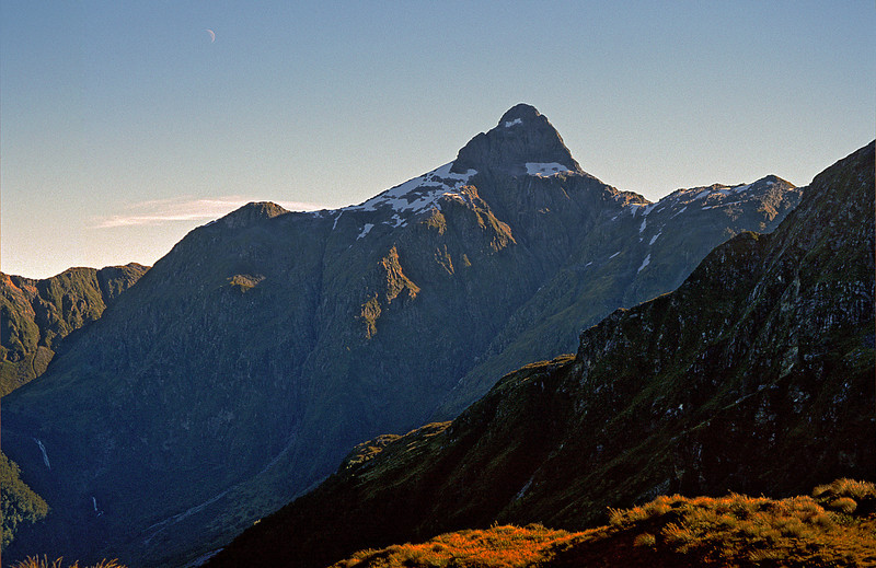 Coronation Peak from Te Au Saddle