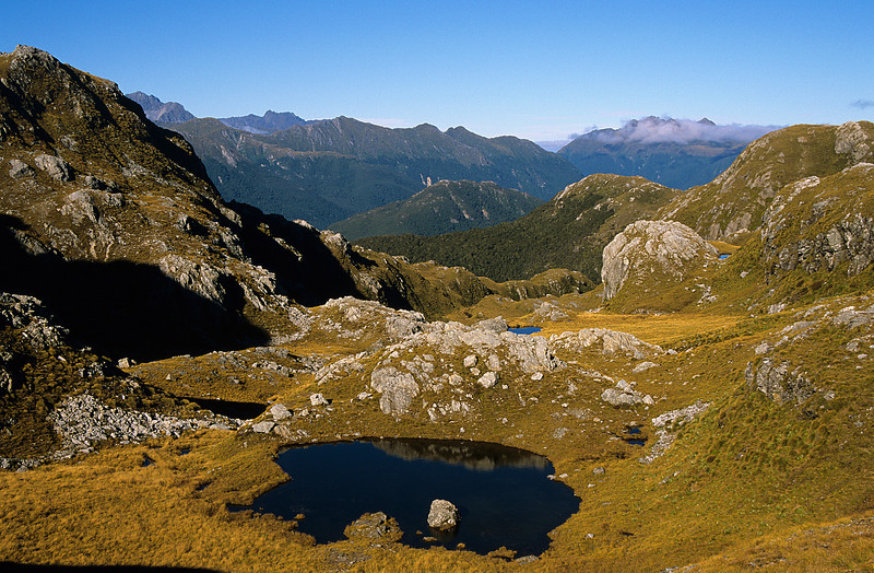 Tarn south of Te Au Saddle
