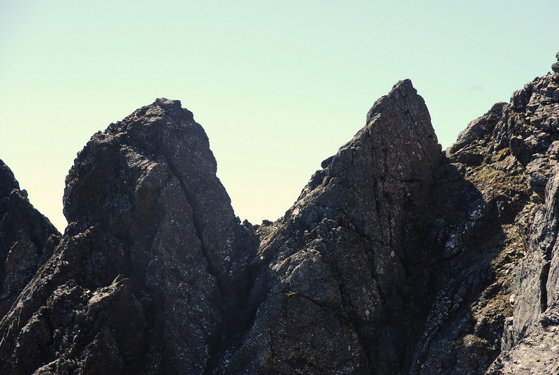 14. Close up view of the gendarmes on the NW ridge