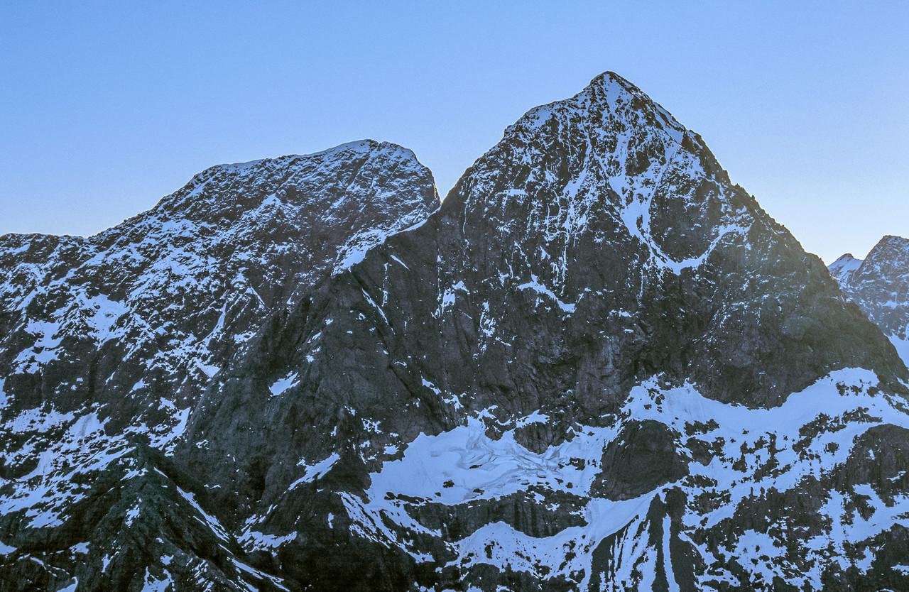 Flat Top Peak and Ngatimamoe Peak from Consolation Peak
