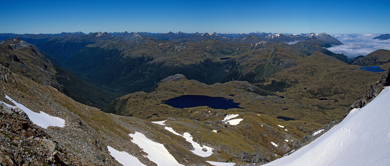 Lake Roe and the Hauroko Burn from the col south of Tamatea Peak. Lake Horizon is at the right edge of the image