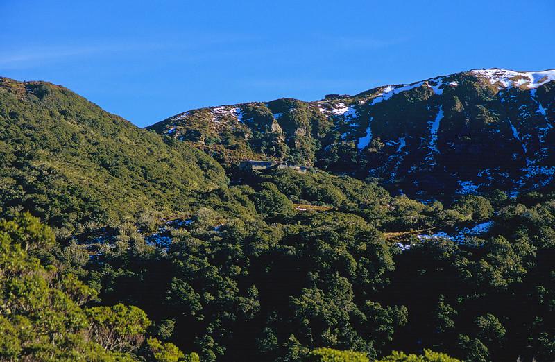 Okaka Hut