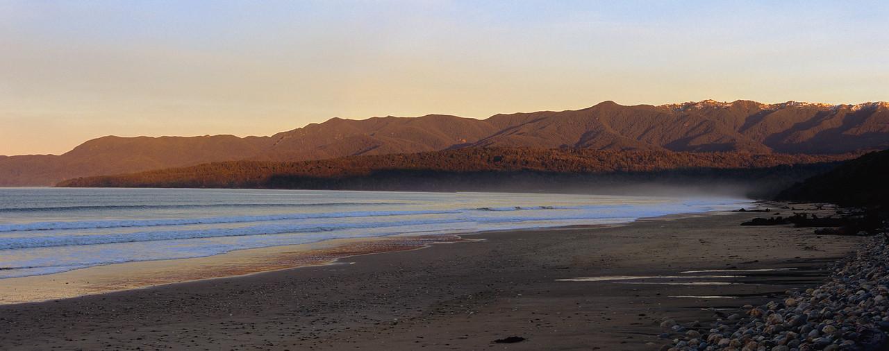 Te Wae Wae Bay