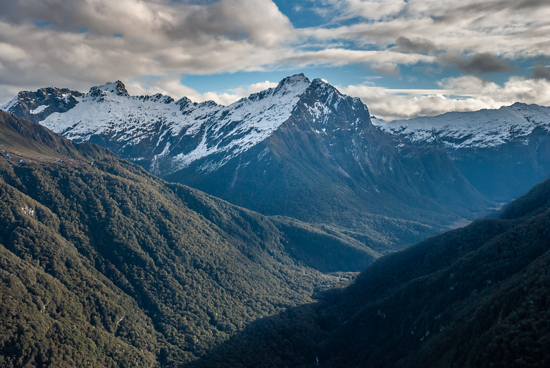 View into the upper Iris Burn from lookout point 1167m. Spire Peak is at centre image, Mount Axford (highest point in the Kepler Mountains) to the left.