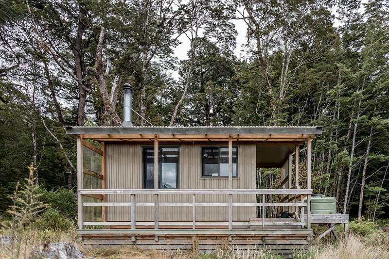 Rodger Inlet Hut, Lake Monowai
