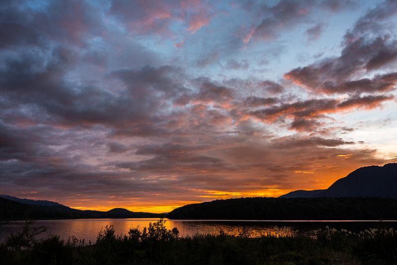 Rodger Inlet sunrise, Lake Monowai