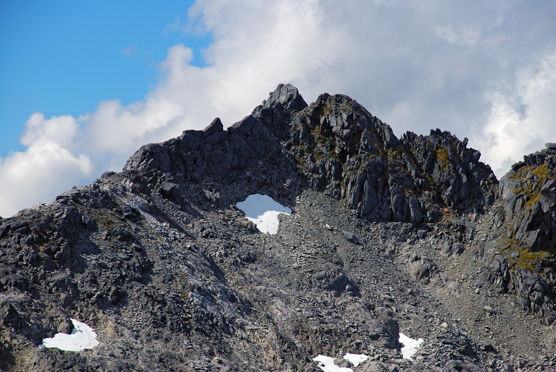 Couloir Peak. A steep crack gives access to the summit.