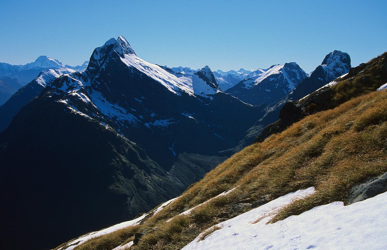 Mount Tutoko, Mount Elliot, Mount Wilmur, Mount Balloon