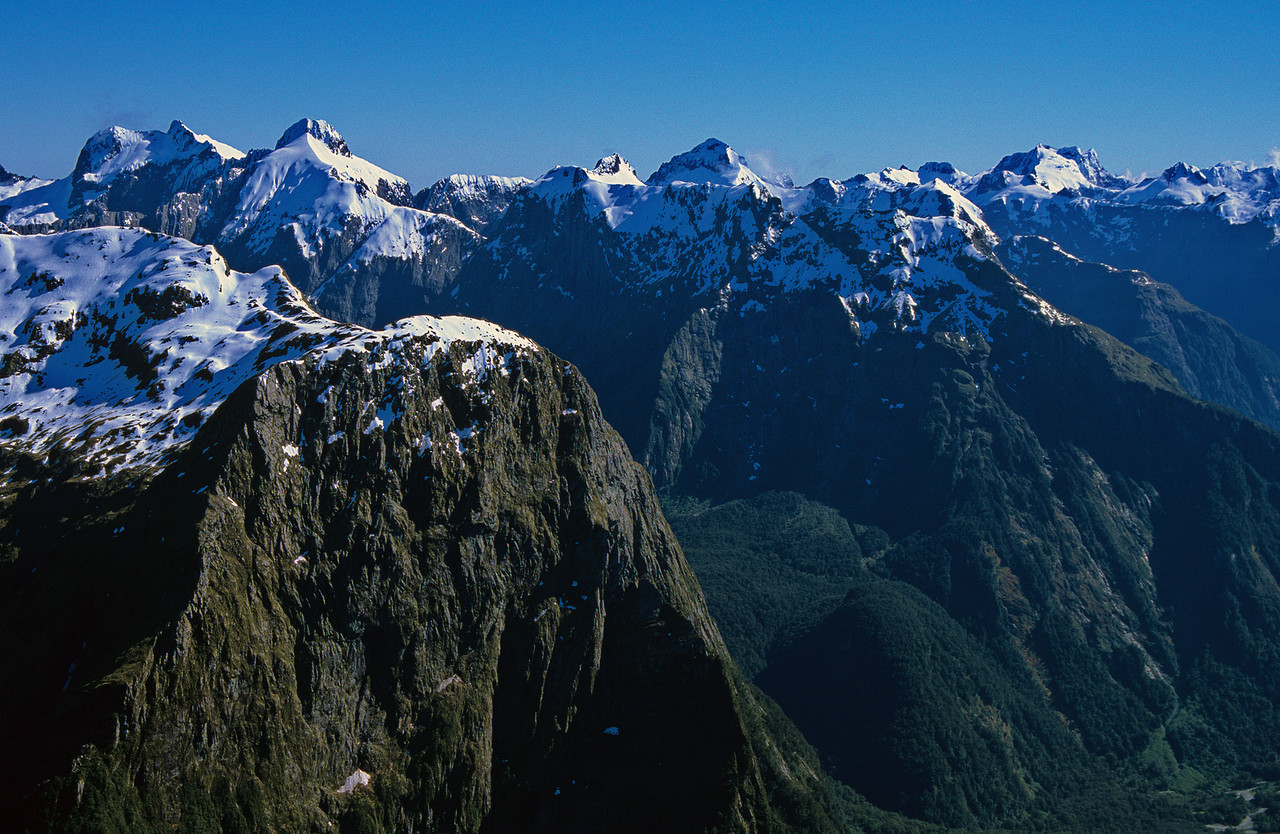Mount Pillans (foreground); the Lady of the Snows, Mount Danger and the Llawrenny Peaks (background)