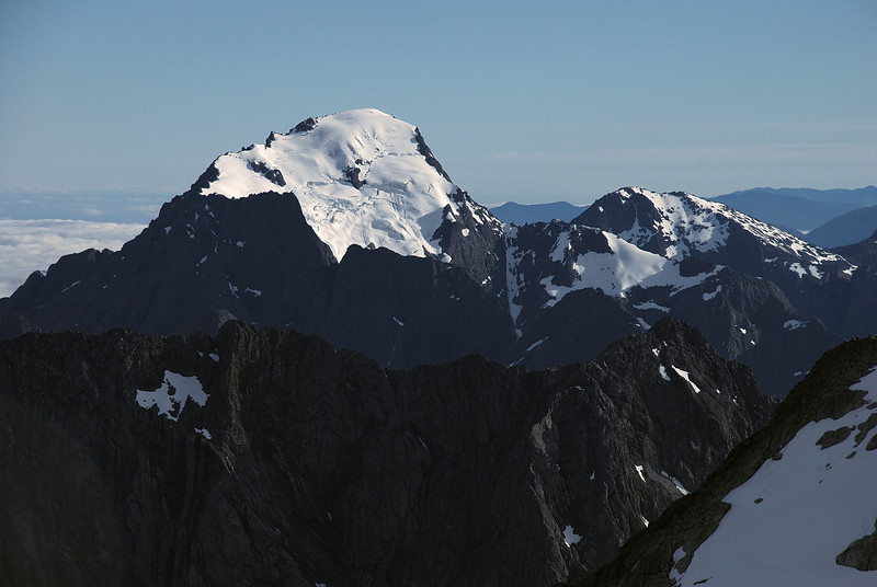 Mount Pembroke and Te Hau (back) and Mitre Peak (front) from the Llawrenny High Peak