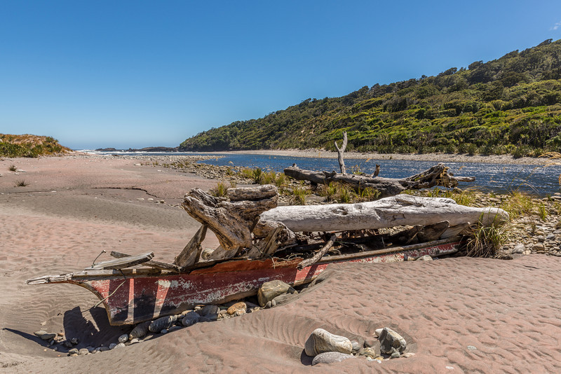 Shipwreck at the Transit River mouth