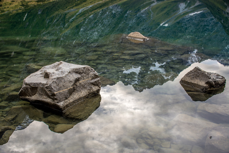 Mt Crosscut reflection in Lake Marian