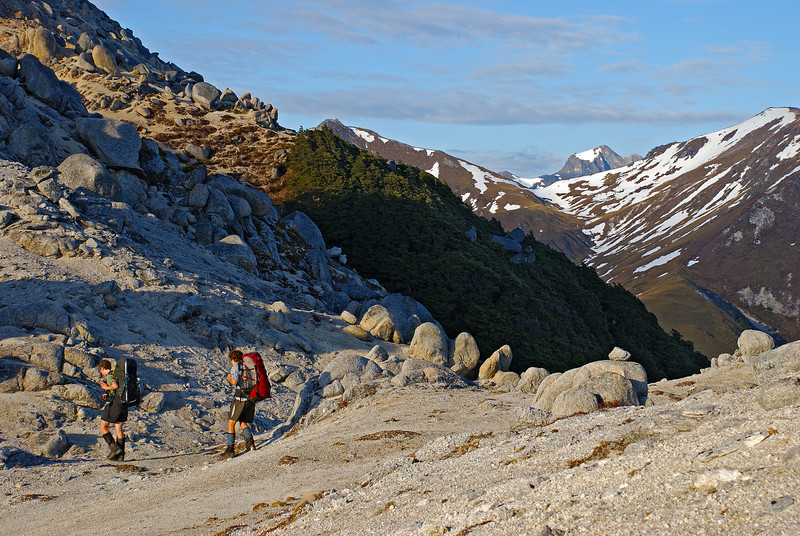 On the north ridge of Mount Titiroa