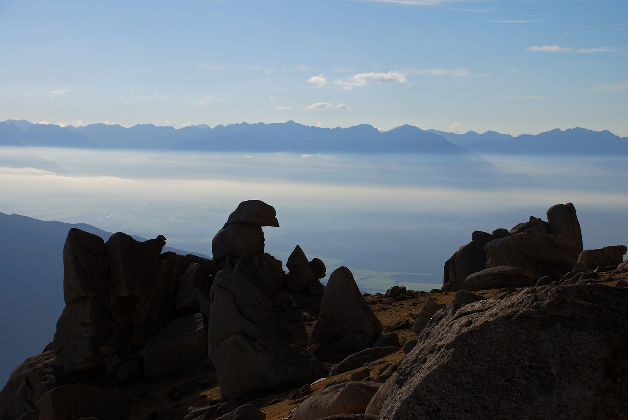 On the north ridge of Mount Titiroa. The Takitimu Mountains in the background.