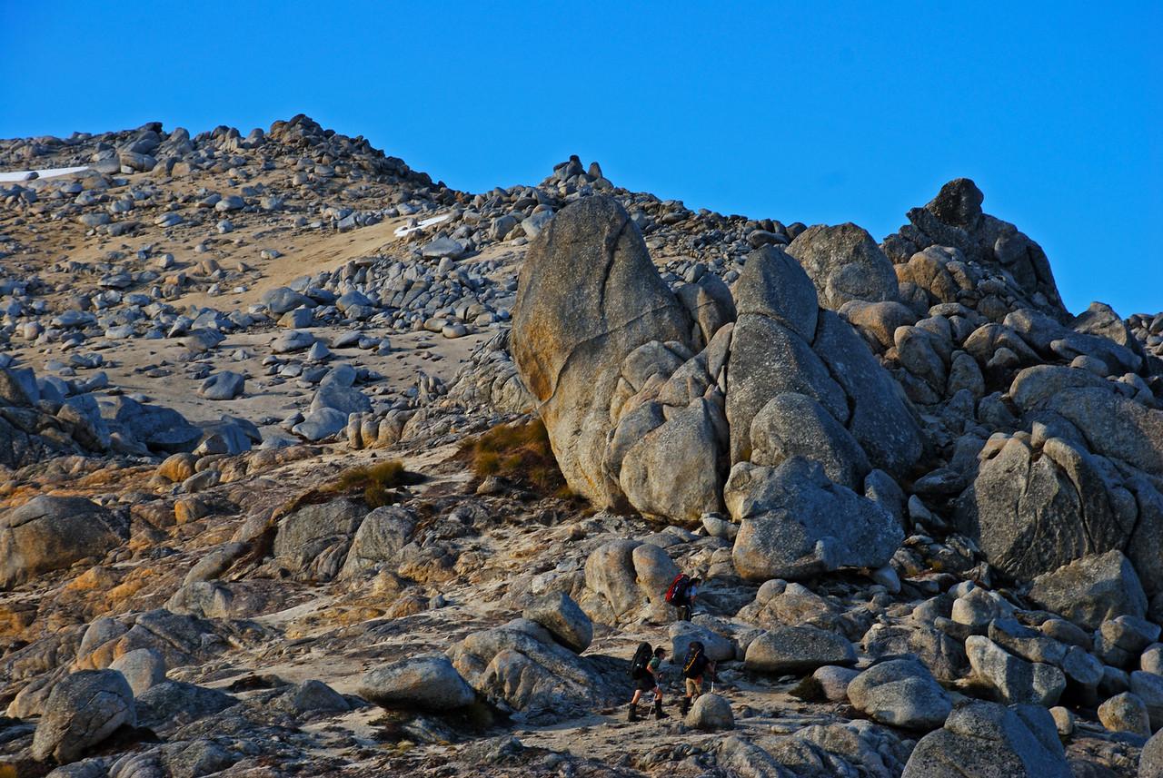On the north ridge of Mount Titiroa